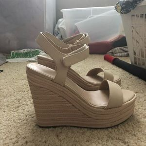 Kendall and Kylie never worn nude wedges size 8